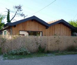 maisons d 39 architectes en bois maisons contemporaines bois. Black Bedroom Furniture Sets. Home Design Ideas