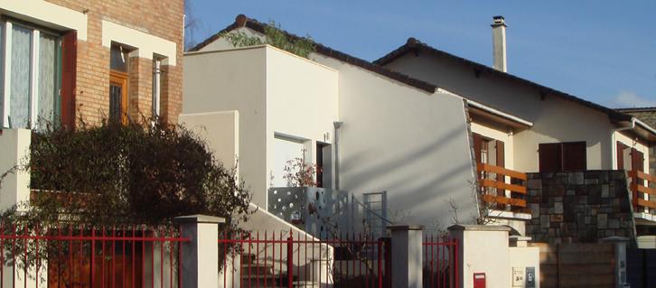 Ajiles architectes - Maison tube sur la rue