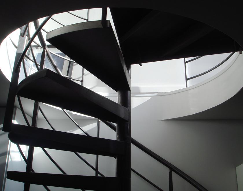 Ajile architectes - Maison Tube - Escalier intérieur