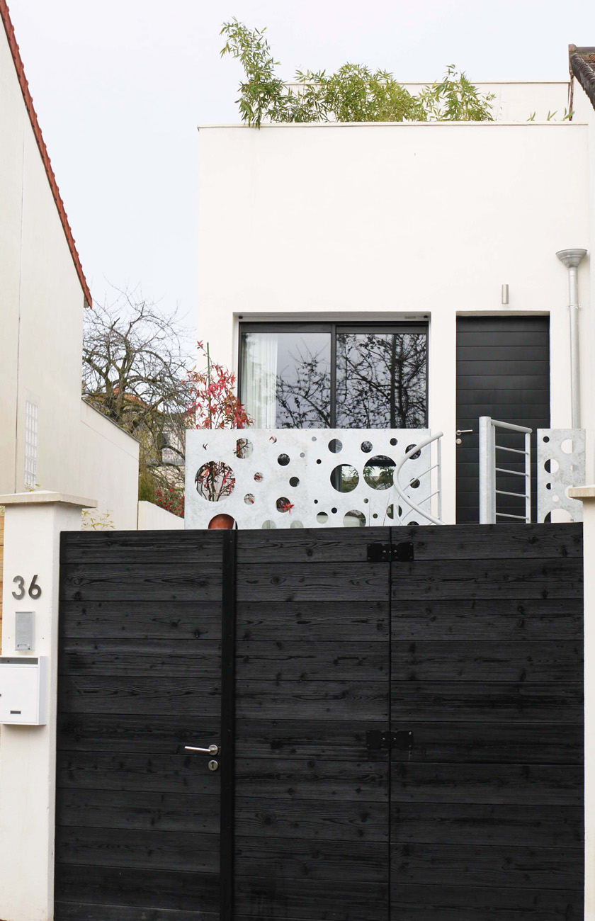 Ajile architectes - Maison Tube - Portail d'entrée