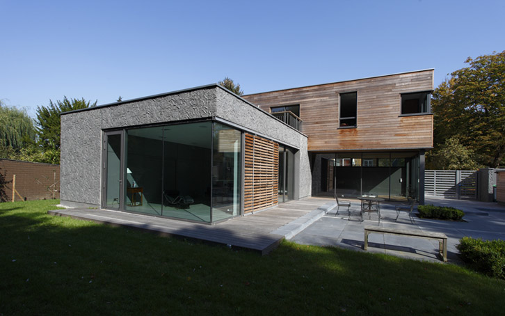 Maison d 39 architecte bois et b ton matric avec piscine for Recours architecte extension garage