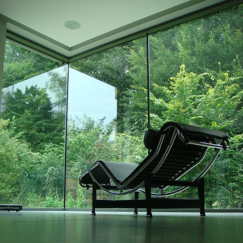 Maison contemporaine ouverte sur l'extérieur - APLA architecture - Laure Pettier