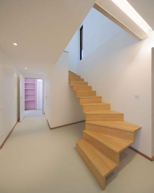 aagb - Maison MRZS - Escalier intérieur