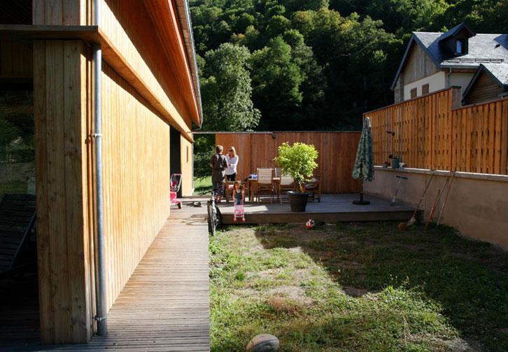 Prax architectes - terrasse latérale - Maison B1