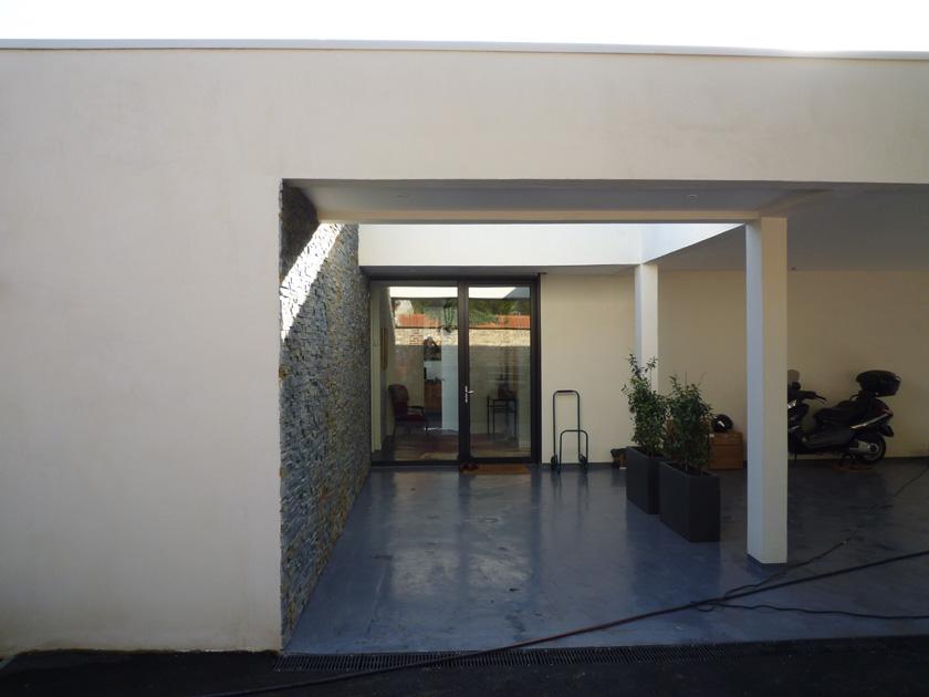 BOA - Maison M - Entrée/carport couverts
